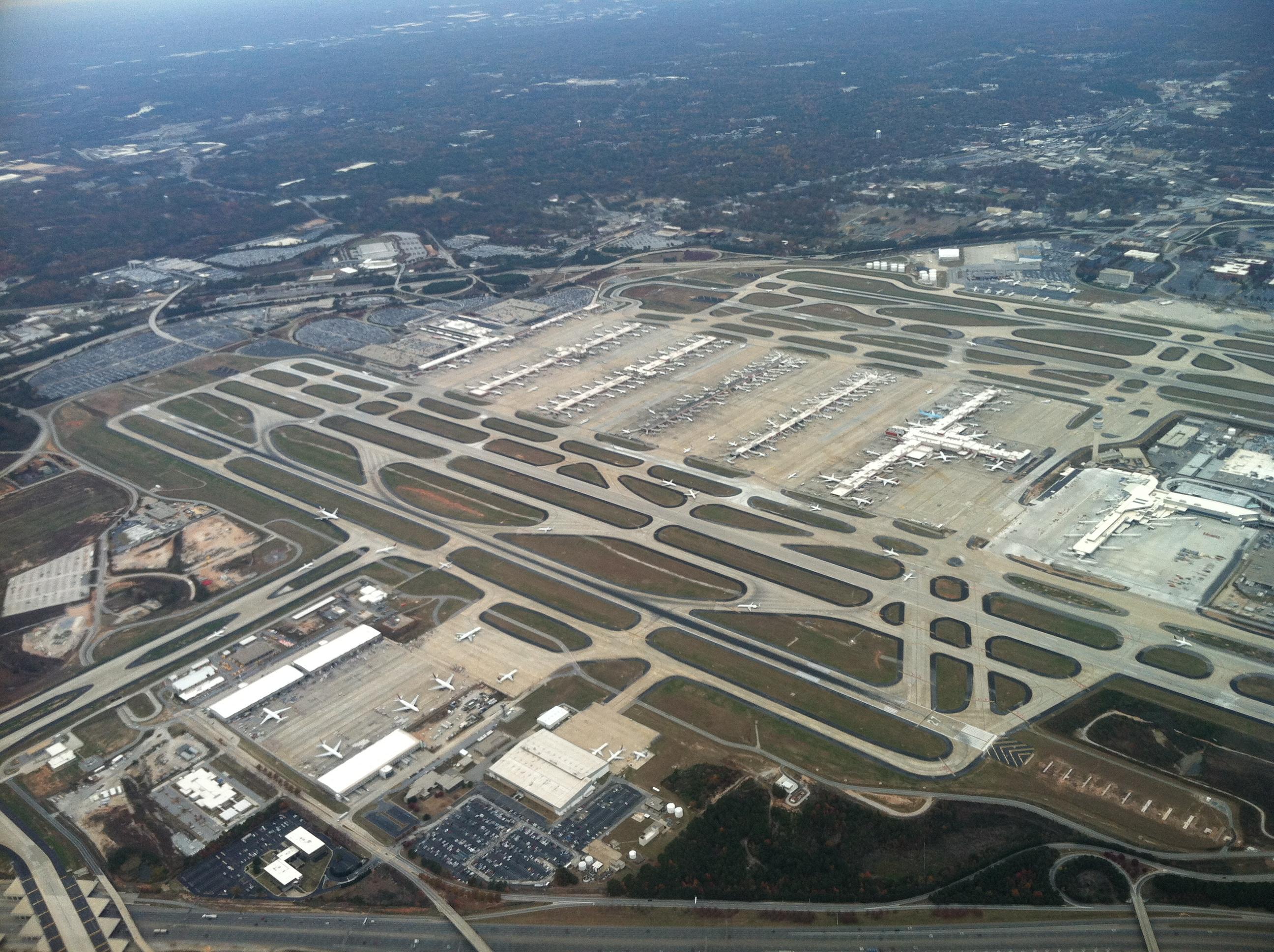Suficiente Hartsfield-Jackson Atlanta International Airport | SkyVector SI54