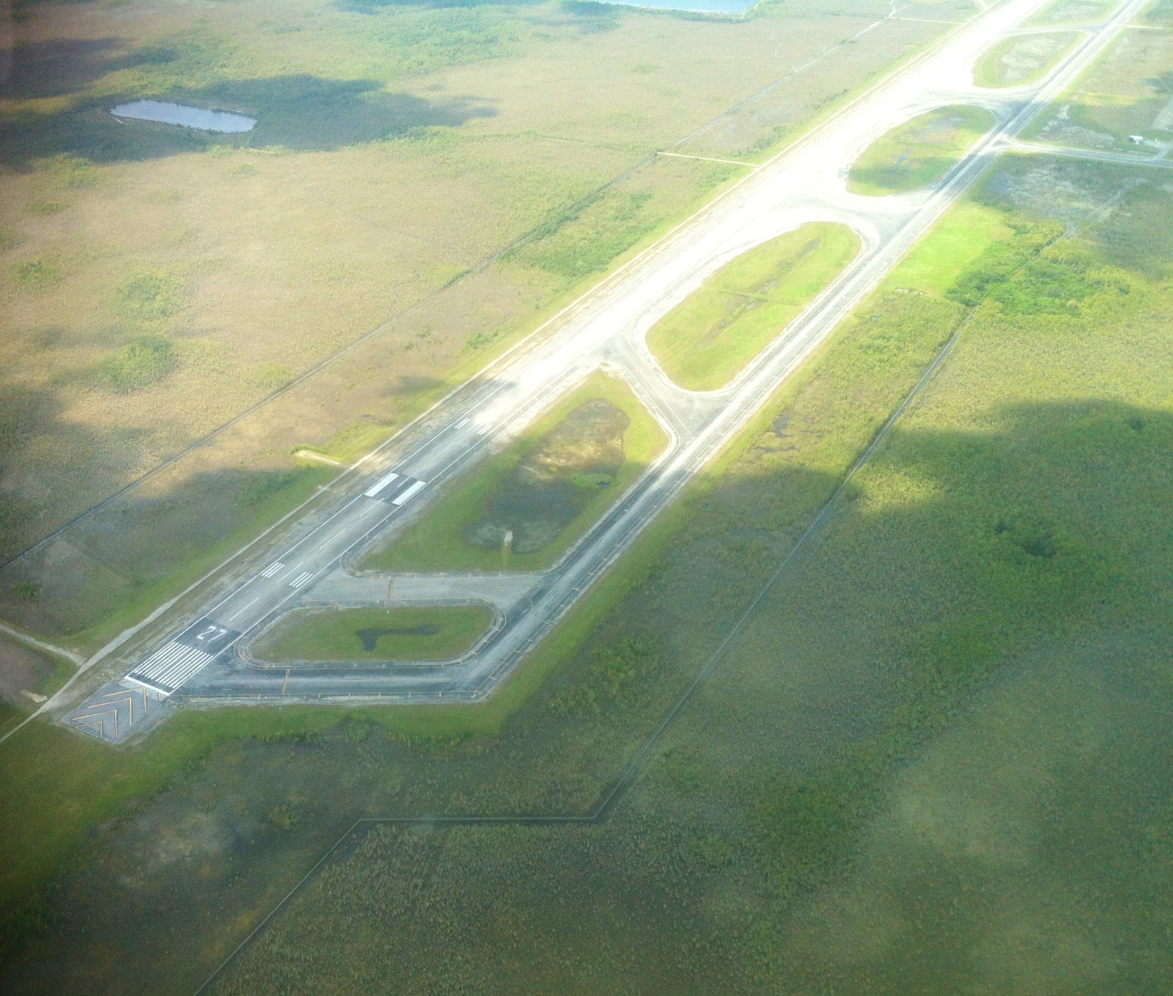 Here's a snap-shot taking with my iPhone while flying a Cessna 152 at ...