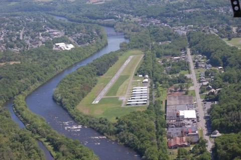 Slatington Airport - 69N Runway 19 end