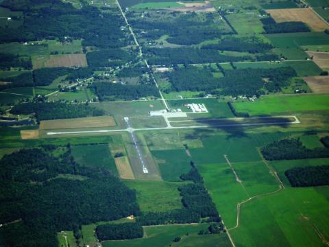 Gratiot Community Airport (AMN) - 2010-07-25