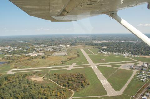 JXN - Jackson County-Reynolds Field Airport (31863)