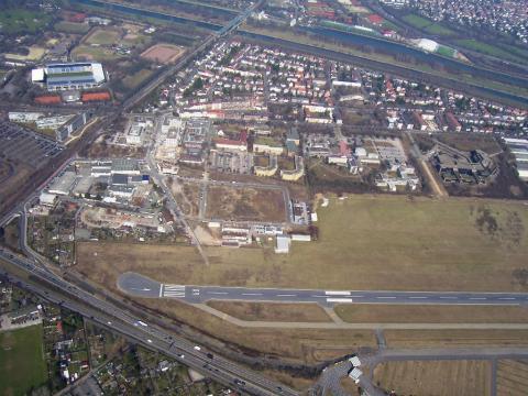 EDFM Mannheim CityAirport (GER) THR_09