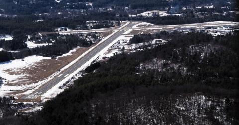 KVSF Runway 23