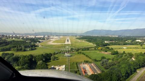 ESGG final approach ILS RWY21