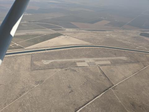 Buttonwillow Airport