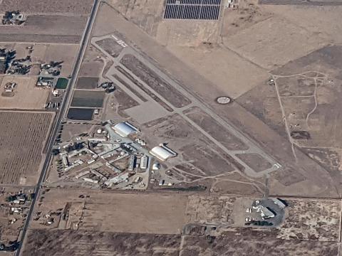Sequoia Field Airport D86