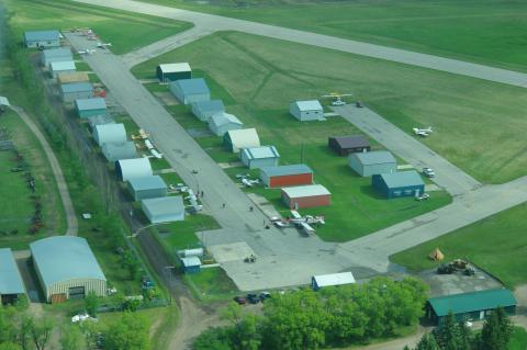 Steinbach North Airport