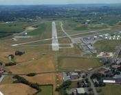 LNS - Lancaster Airport (32929) RNWY 08